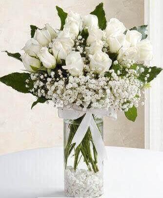 Saflýðýn Kalbi Beyaz Güller